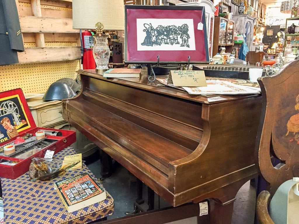 Mendelssohn Church Piano 1930's • The Mendelssohn Piano company was established in the 1870's in McKeesport, Pa. This small in stature, but big in sound tuned piano will be a delight for the pianist or anyone who would love a piano in their home.