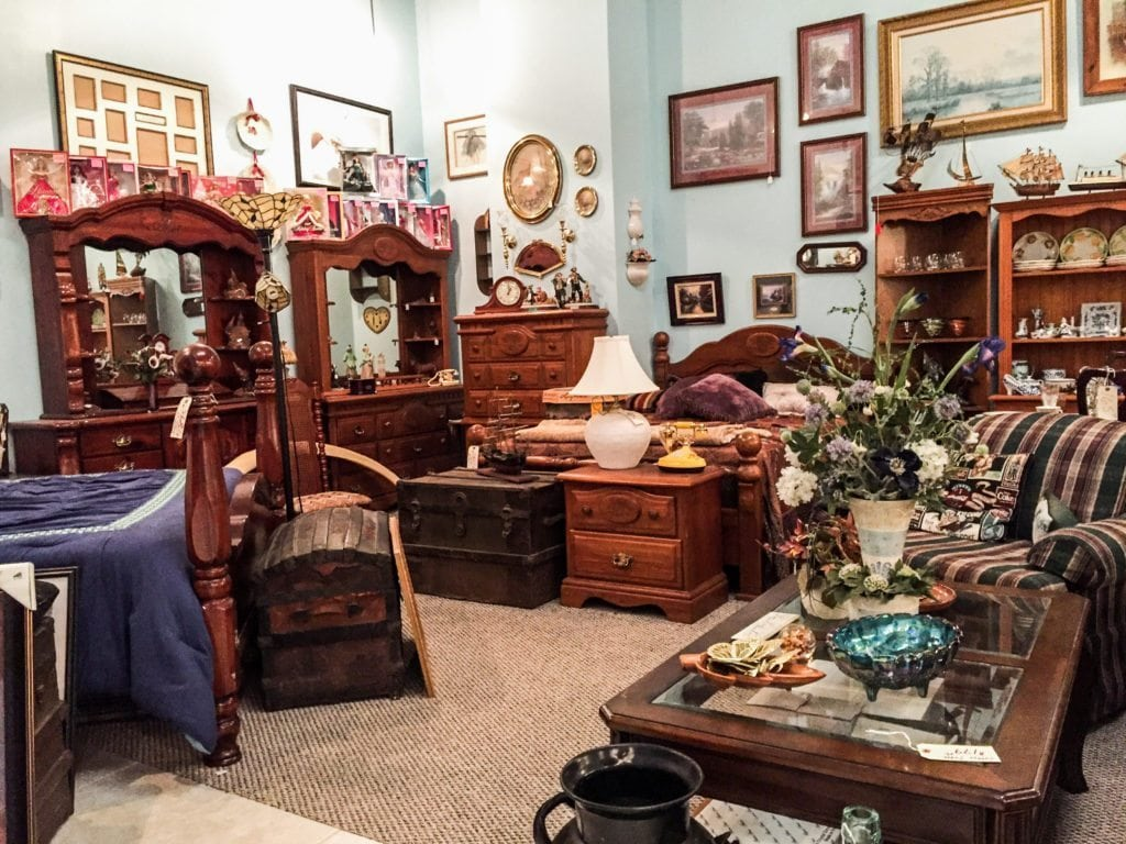 Large Selection of Furniture •