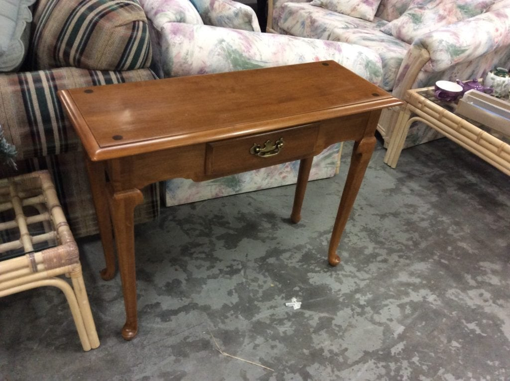 Ethan Allen 1 drawer table • Antique Ethan Allen one drawer maple console table. Like new. Model number 10-9043. Dove tailed drawer