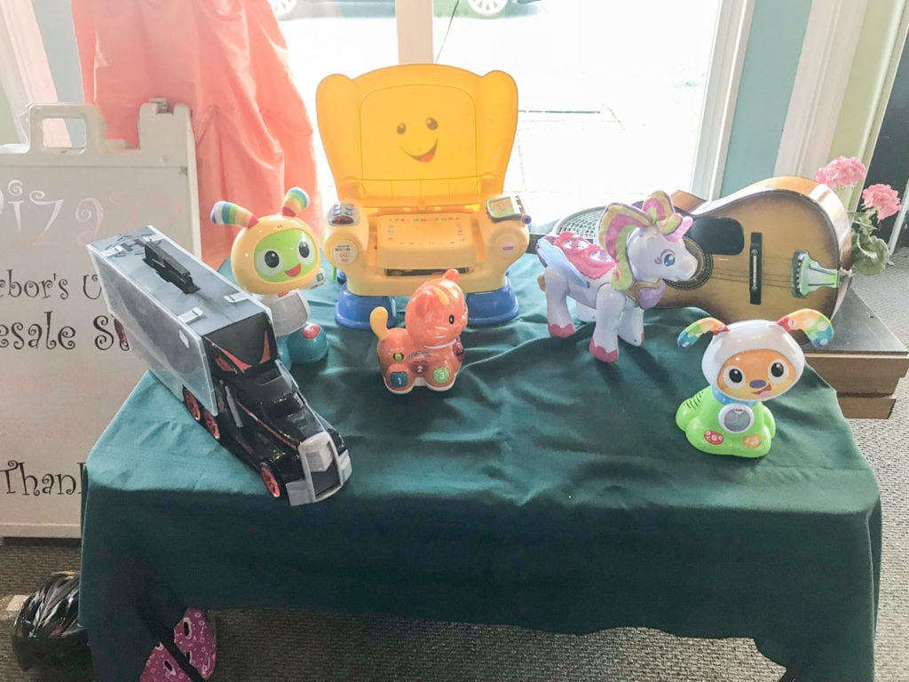 Various toys for sale! • Nice selection of different kinds of toys for the little ones. Come take a peek at what we have. Great prices!