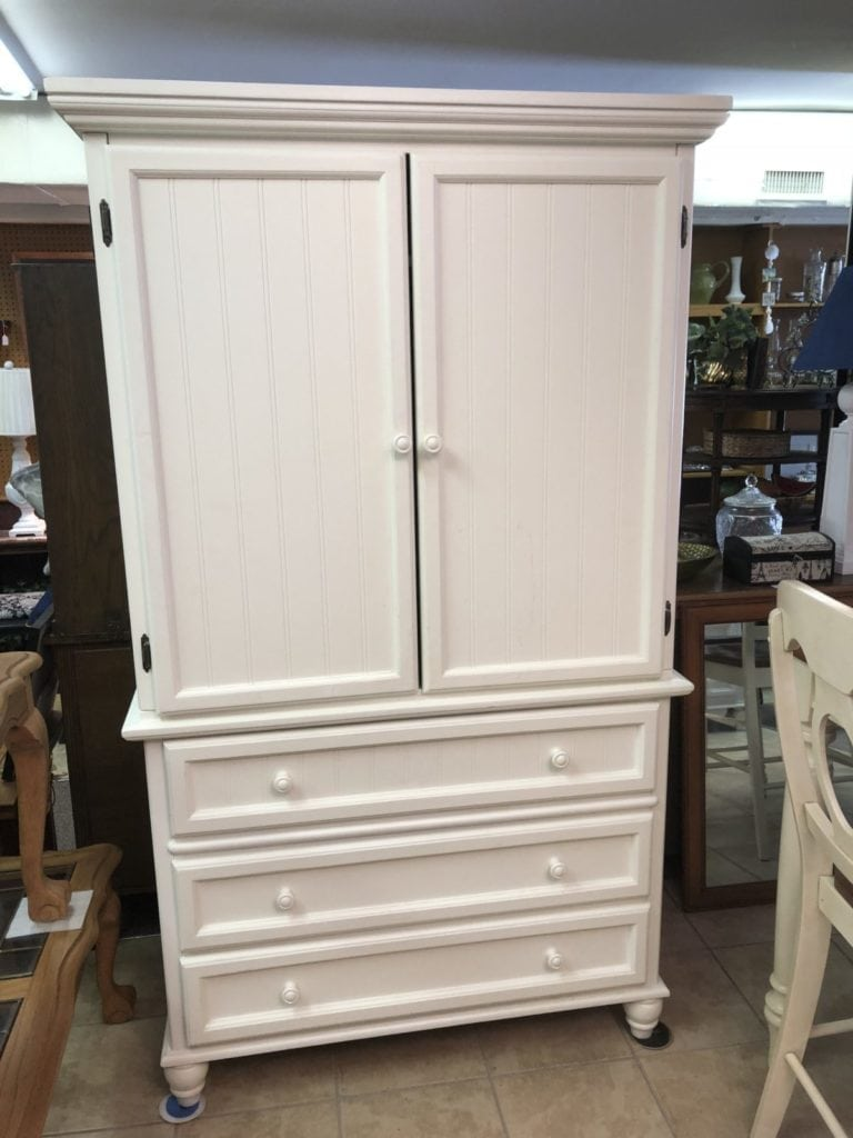 Armoire/Tv Cabinet • White wood armoire/tv Cabinet in excellent condition.