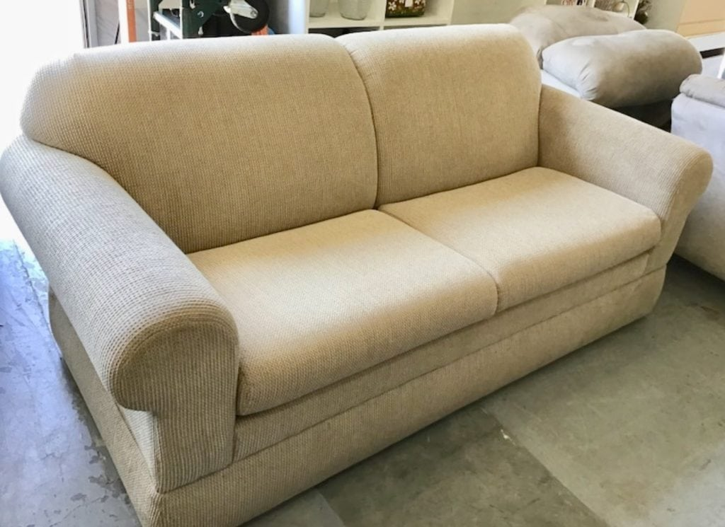 La-Z-Boy queen sleeper sofa • Great buy on this very gently used queen sleeper sofa by lazboy. Compare new ones of this style starting at $1400.00. This is next to new. Mattress is very clean and looks brand new. Perfect for condo rental or for any home.